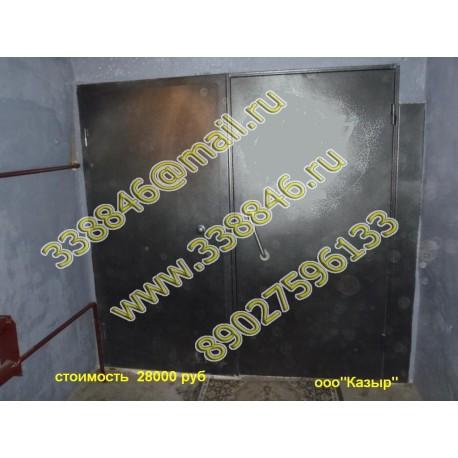 Двери тамбурные в подъезде    001